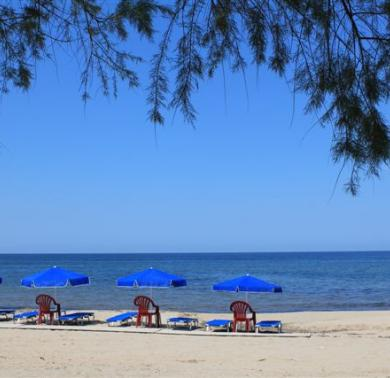 παραλία Θάνος